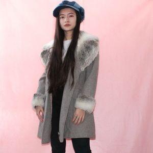 VTG 1970s Winter Faux Fur Coat